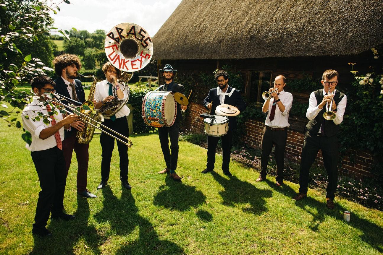 band play at hampshire barn wedding