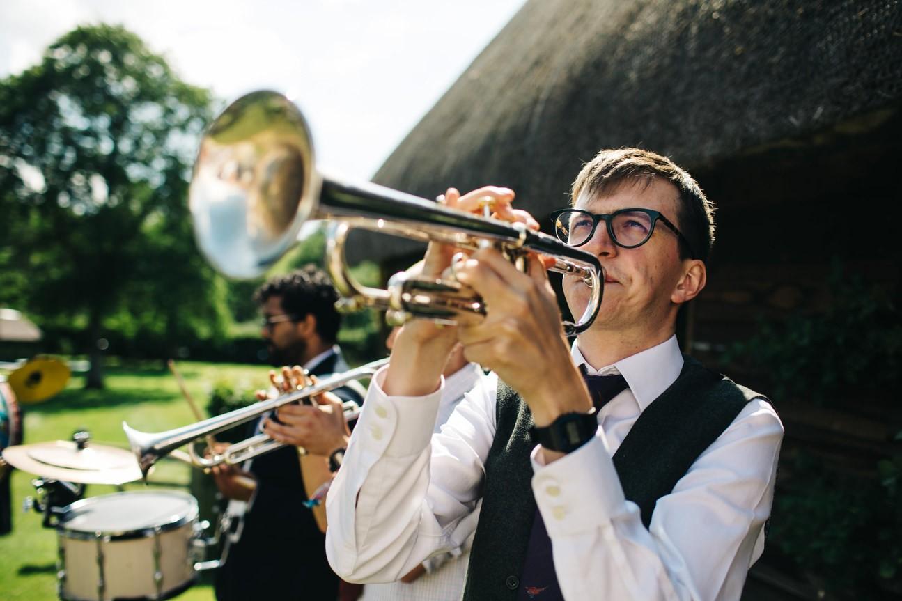 Hampshire Barn wedding in ibthorpe 065