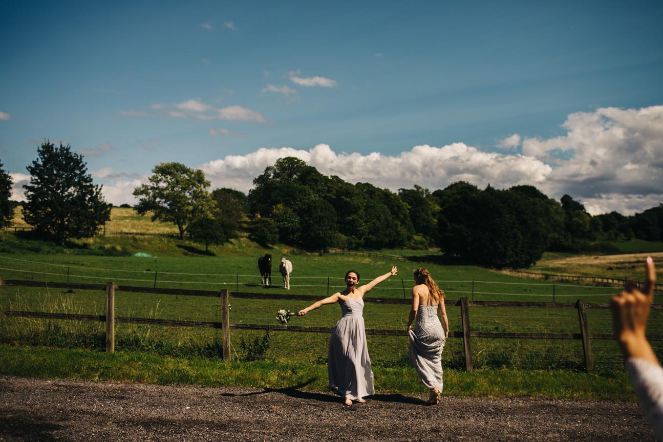 Hampshire Barn wedding in ibthorpe 068