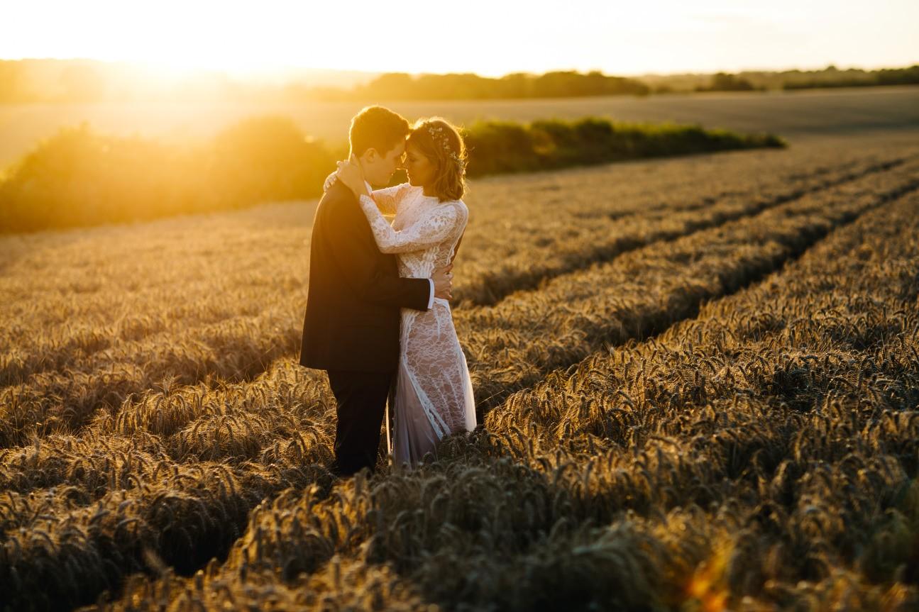 sunset at hampshire wedding
