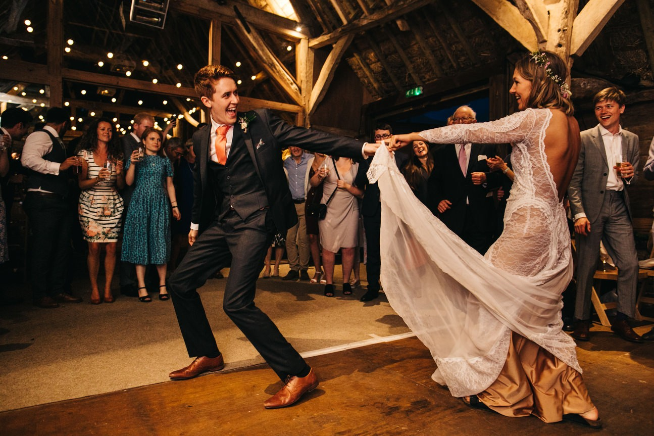 Hampshire Barn wedding in ibthorpe 122
