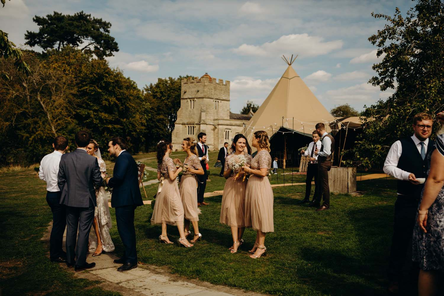 Tipi wedding in Buckinhamshire