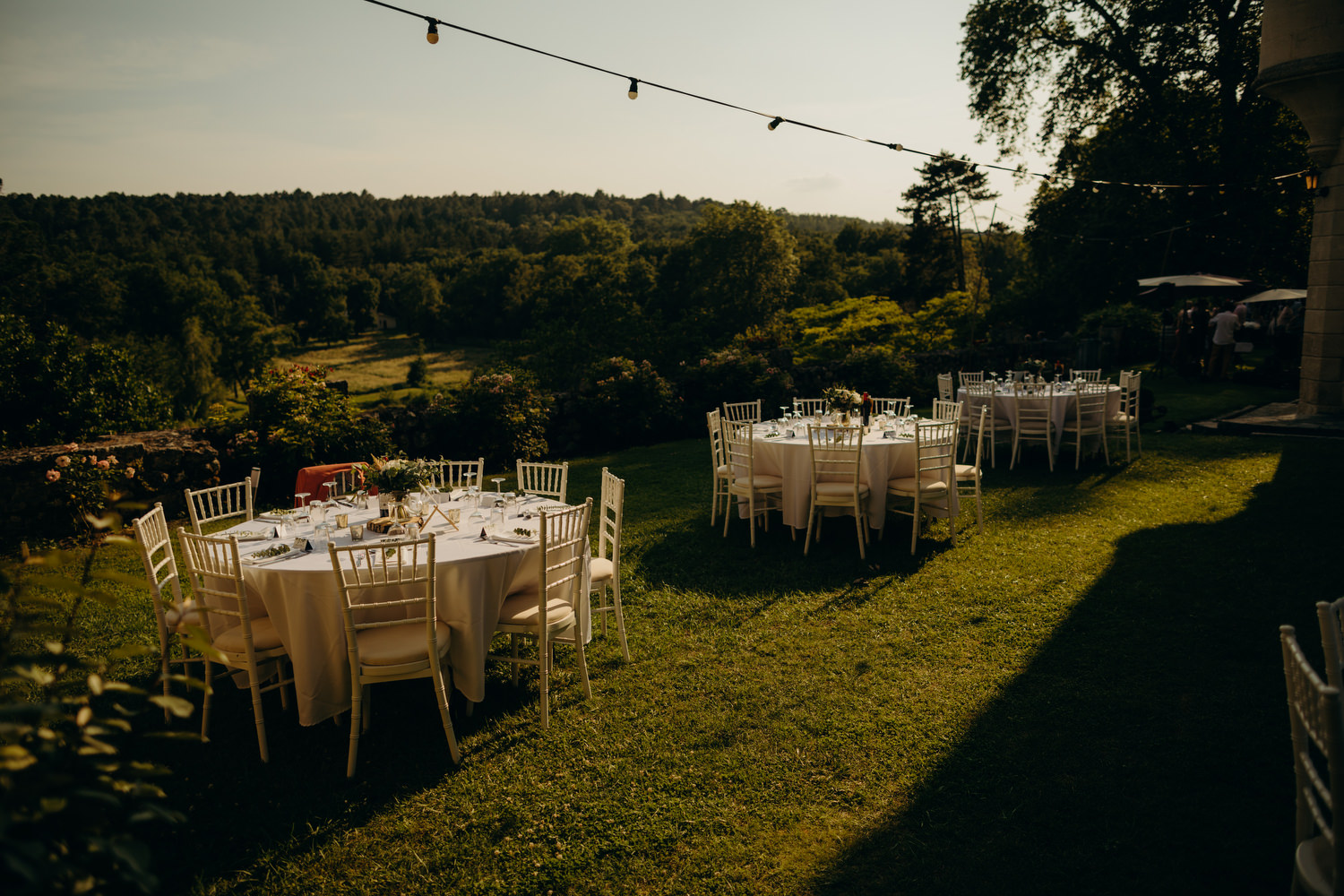 sunset at chateau wedding tables