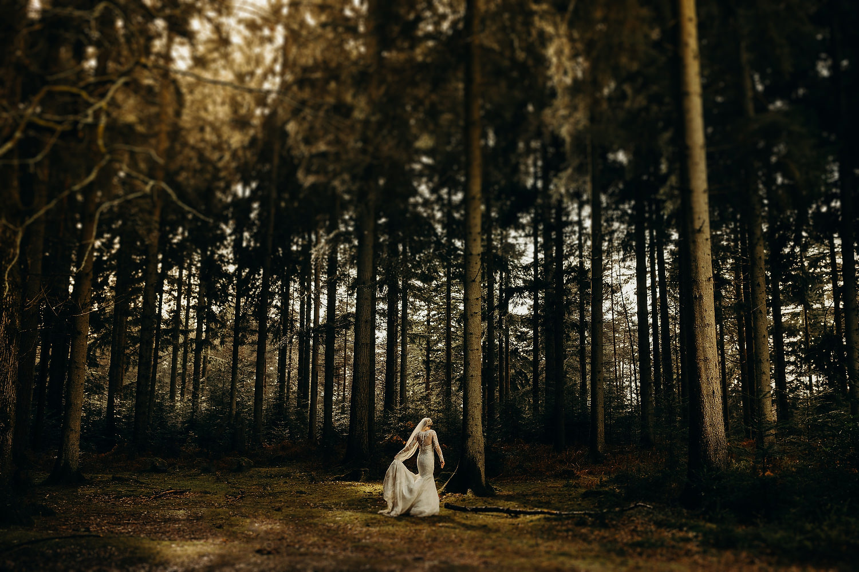 Award Winning Wedding Photographer 111