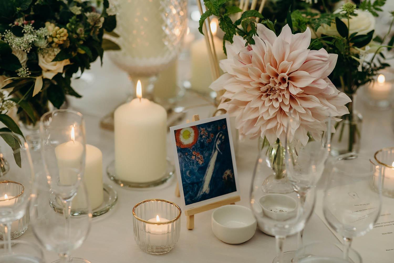 Dahlias table decorations