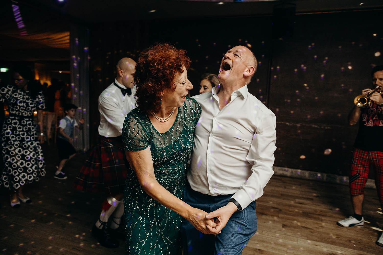 parents of bride dancing